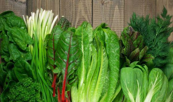 Verdure e ortaggi di colore verde