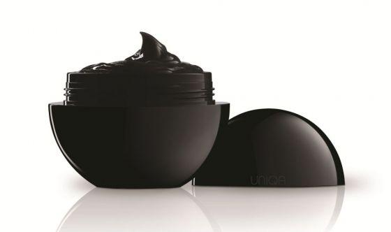 Uniqa nera Pea Cosmetics