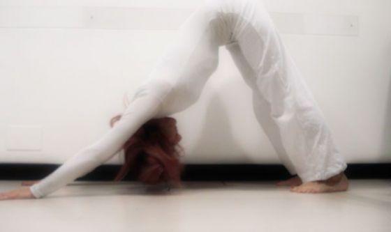 Come vestirsi per praticare yoga?