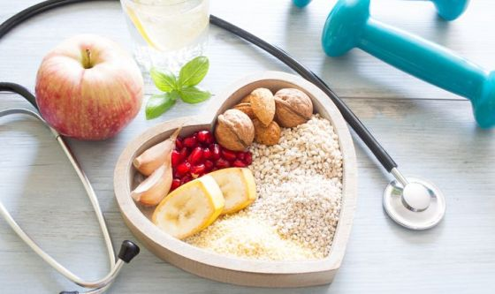 L'importanza di mangiare e bere adeguatamente