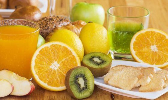 Il fumo riduce l'assimilazione della vitamina C