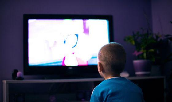Luce artificiale di display e televisione
