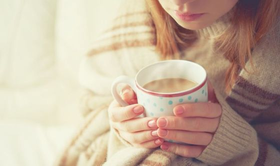 Assumere pasti e bevande caldi