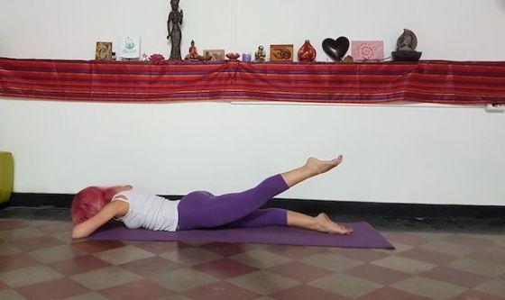 La posizione a gambe alternate