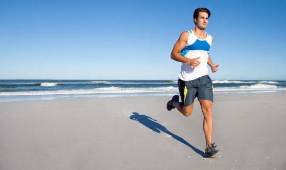 Correre sulla spiaggia
