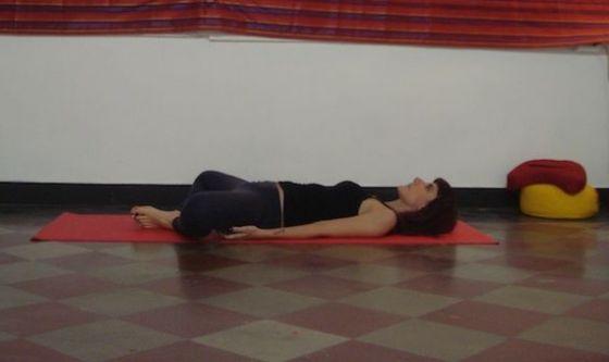 Combattere i dolori mestruali con lo yoga