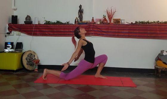 Far tornare il buonumore con lo yoga