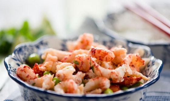 Insalata di pesce e verdure
