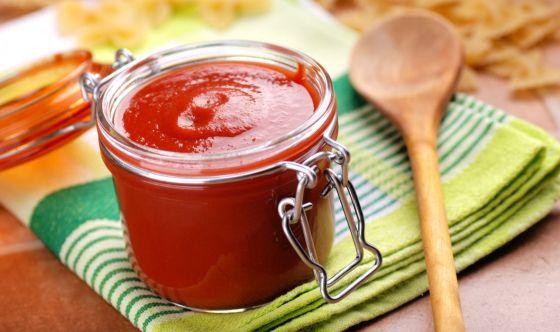 La salsa di pomodoro contiene il licopene