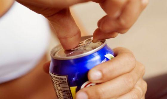 Evitare le bevande zuccherate
