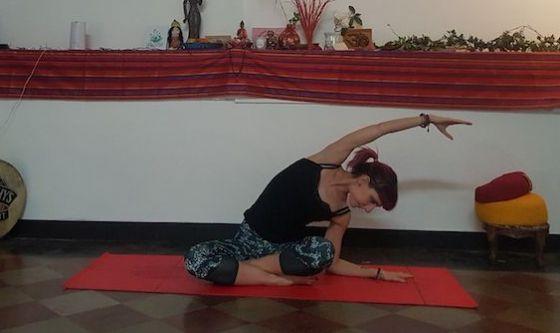 Freschi e riposati con lo yoga