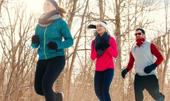 Praticare almeno 1 ora di attività fisica ogni giorno