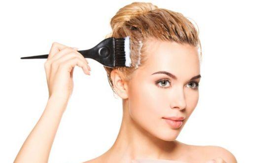 Meno 1 settimana, capelli: gli impacchi rigeneranti