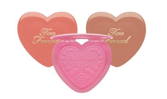 Il blush romantico a forma di cuore