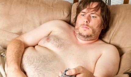 Uomini con il seno? Si può intervenire