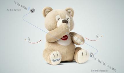 Fumo passivo: un orsetto di peluche difende i bambini
