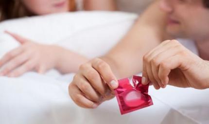 Per i giovani il sesso è protetto... a parole