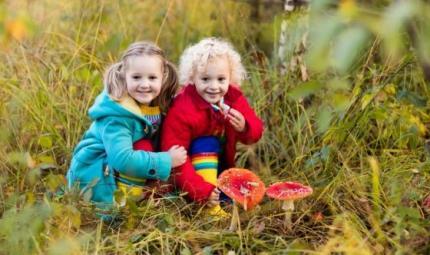 Bambini intossicati: dai farmaci ai cibi, come difenderli?