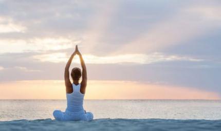 I rituali yoga da eseguire all'alba