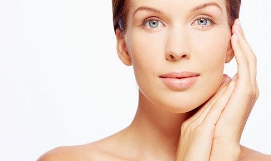 Bellezza: nuovo composto antietà agisce in modo naturale