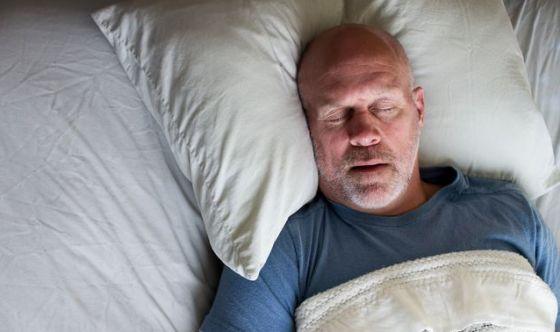 Apnee notturne: cosa sono e come affrontarle