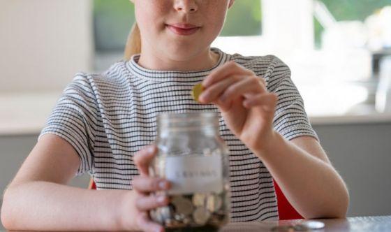 Natale, come insegnare ai piccoli a gestire i soldi