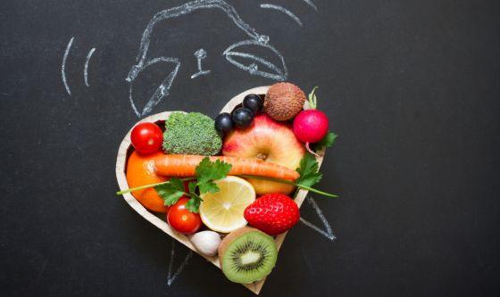 Crono-nutrizione: come sintonizzare sonno e dieta