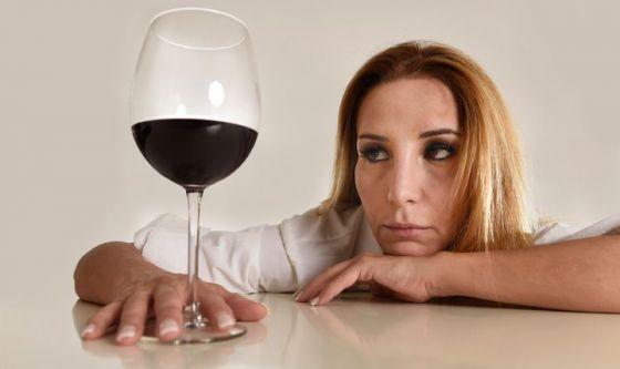Bevuto troppo? Ecco 5 consigli per contrastare la sbronza
