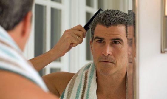 Scoperto come i capelli regolano la propria vitalità