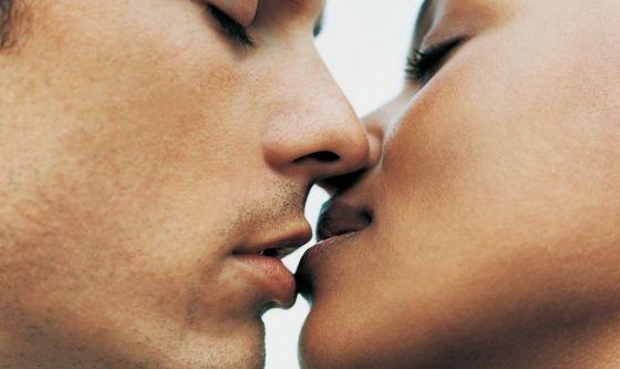 Baciamoci di più