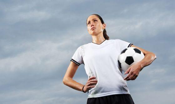Le ragazze che giocano a calcio?Più forti e più in forma
