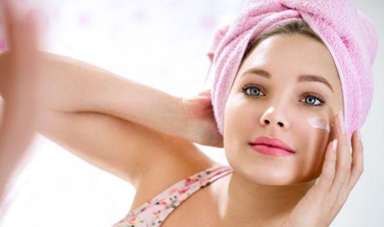Curare l'acne con i rimedi naturali