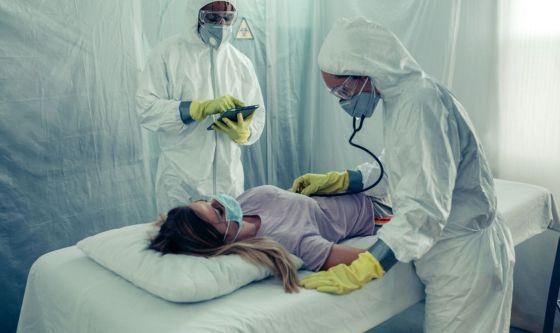 Chirurghi plastici volontari nei reparti Covid-19