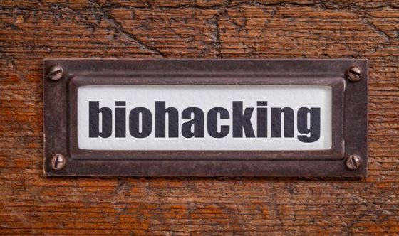Biohacking, che cos'è e come metterlo in pratica