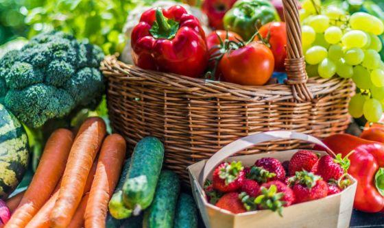 Primavera, affrontala con frutta e verdura di stagione