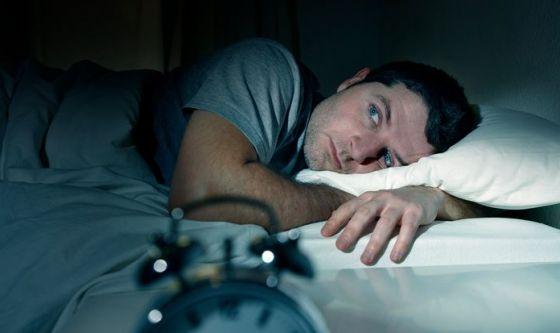 Meno dormi, più aumenta il rischio cardiovascolare