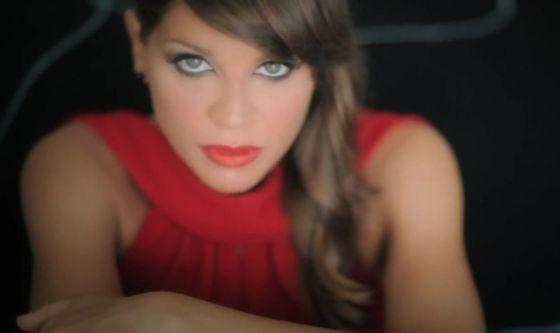 Alessandra Amoroso operata alle corde vocali