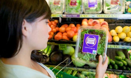 Tutti pazzi per il cibo sano: attenti 6 italiani su 10