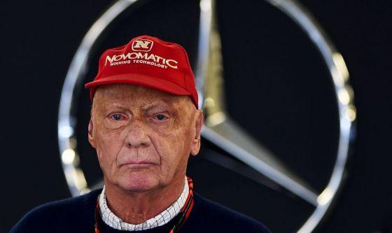Niki Lauda risvegliato dal coma indotto