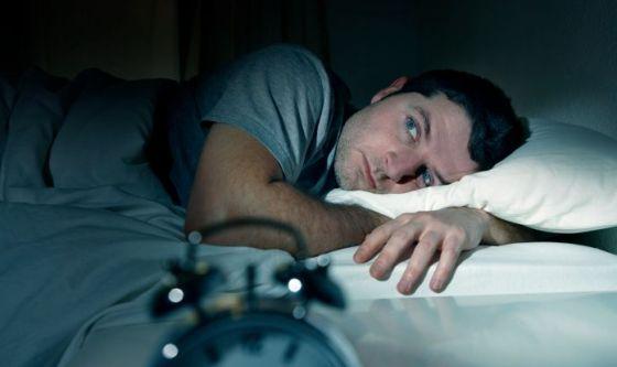 Poco sonno danneggia il cervello