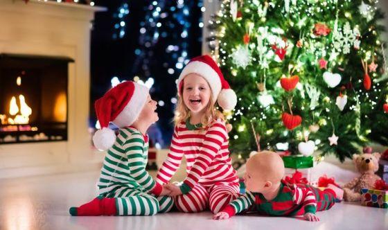 Immagini Bambini E Natale.I Bimbi E Il Natale Regali Per Se Ma Anche Per Gli Altri