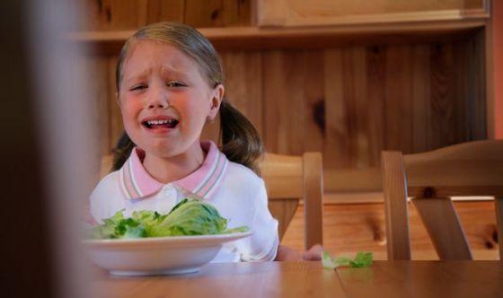 Mamma, questo non lo mangio! Lotta alla neofobia dei bimbi