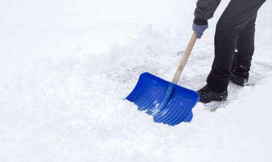 Cuore in difficoltà se si spala la neve