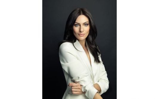Paola Turani: focus sugli occhi nel giorno delle nozze