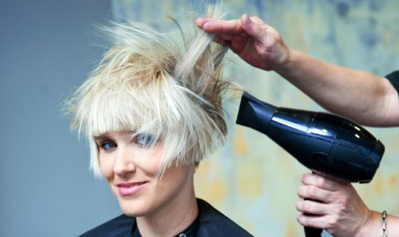 Bellezza: Italia Paese dei parrucchieri, lo dice un'indagine