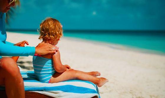 Come comportarsi con una scottatura solare