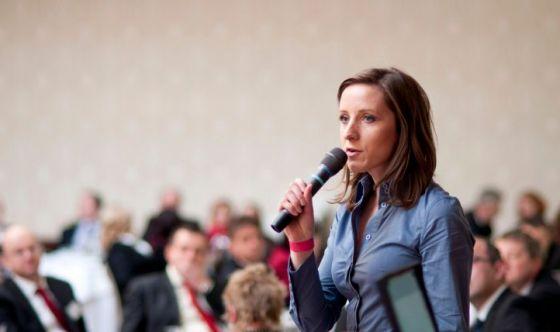 Superare la paura di parlare in pubblico