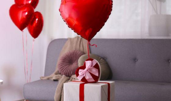 San Valentino, un look glamour per una serata romantica