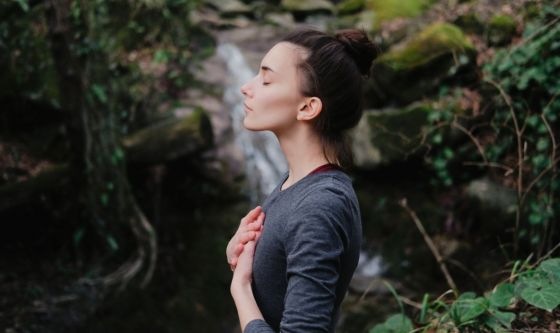 Lo yoga per tornare alla normalità