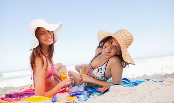 Per il 46% degli italiani la spiaggia migliora l'umore